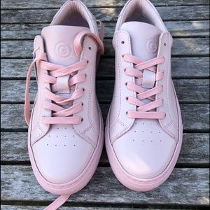 NWT Royal Greats Shoes